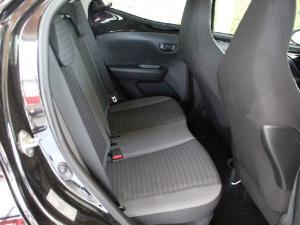Toyota Aygo 1.0 X-Play - Image 12