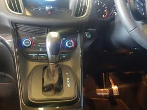 Ford Kuga 2.0 Tdci ST AWD Powershift - Image 12