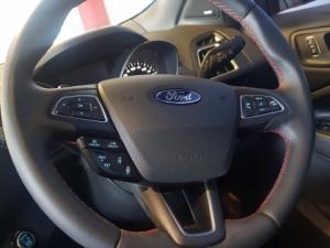 Ford Kuga 2.0 Tdci ST AWD Powershift - Image 13