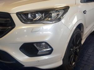 Ford Kuga 2.0 Tdci ST AWD Powershift - Image 15