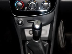 Renault Clio IV 900 T Dynamique 5-Door - Image 22
