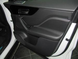 Jaguar F-Pace 20d AWD R-Sport - Image 14