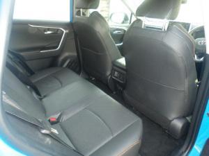Toyota RAV4 2.0 AWD GX-R - Image 6