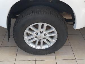 Toyota Hilux 3.0D-4D Xtra cab 4x4 Raider - Image 8
