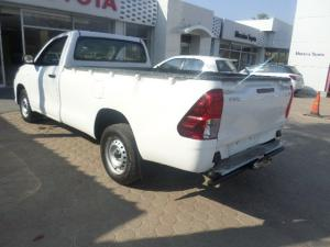 Toyota Hilux 2.4GD (aircon) - Image 4