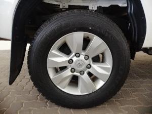 Toyota Hilux 2.4GD-6 4x4 SRX - Image 6