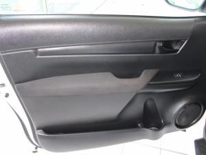 Toyota Hilux 2.0 VvtiP/U Single Cab - Image 7