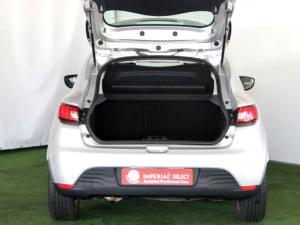 Renault Clio IV 1.2T Expression EDC 5-Door - Image 34