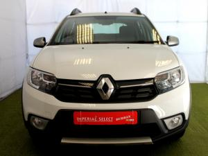 Renault Sandero 900T Stepway Expression - Image 2
