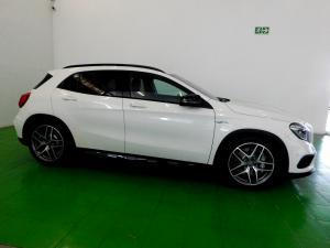 Mercedes-Benz GLA 45 AMG - Image 13