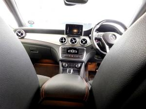 Mercedes-Benz GLA 45 AMG - Image 21