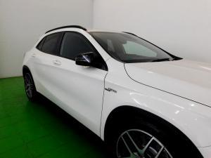 Mercedes-Benz GLA 45 AMG - Image 35