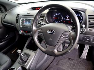 Kia Cerato Koup 1.6T GDi - Image 19