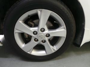 Toyota Corolla 1.6 Advanced auto - Image 12