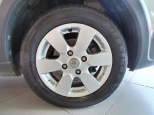 Nissan Livina X-Gear 1.6 Visia - Image 9