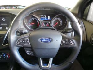 Ford Focus RS - Image 9
