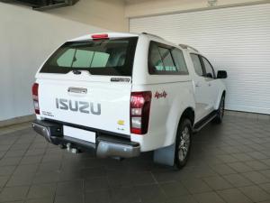 Isuzu KB 300D-Teq double cab 4x4 LX auto - Image 3