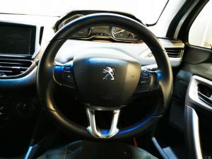 Peugeot 2008 1.6 Active - Image 10