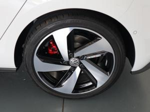 Volkswagen Golf VII GTi 2.0 TSI DSG - Image 30