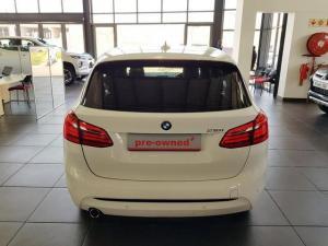 BMW 218i Sport Line Active Tourer automatic - Image 5