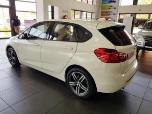BMW 218i Sport Line Active Tourer automatic - Image 6