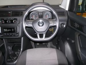 Volkswagen CADDY4 Maxi Crewbus 2.0 TDi - Image 15