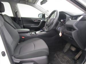 Toyota RAV4 2.0 GX CVT - Image 11