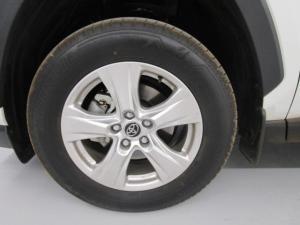 Toyota RAV4 2.0 GX CVT - Image 13