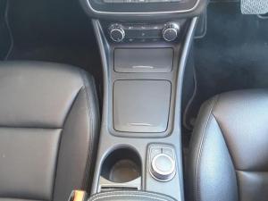 Mercedes-Benz CLA CLA200 auto - Image 16
