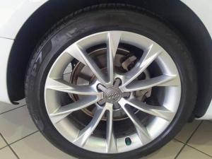 Audi A5 coupe 2.0T quattro - Image 6