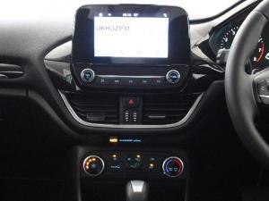 Ford Fiesta 1.0T Trend auto - Image 11