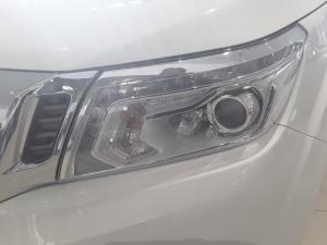 Nissan Navara 2.3D LE automatic D/C - Image 9