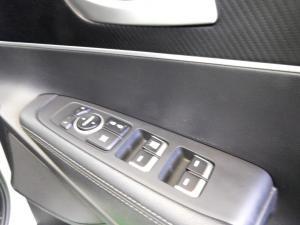 Kia Sorento 2.2D LS automatic - Image 19