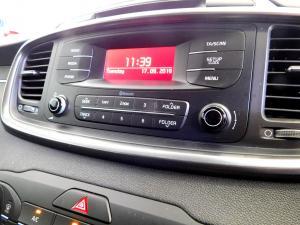 Kia Sorento 2.2D LS automatic - Image 25