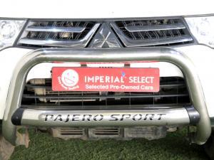 Mitsubishi Pajero Sport 2.5D 4X4 automatic - Image 11