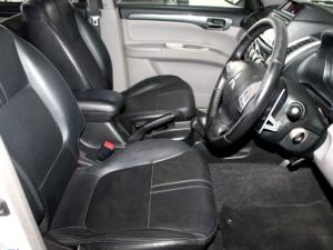 Mitsubishi Pajero Sport 2.5D 4X4 automatic - Image 6