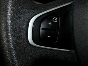 Renault Clio IV 900T Authentique 5-Door - Image 19