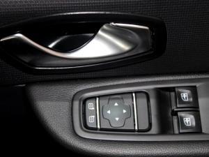Renault Clio IV 900T Authentique 5-Door - Image 27
