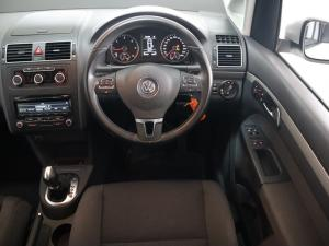 Volkswagen Touran 2.0 TDi Trendline DSG - Image 10