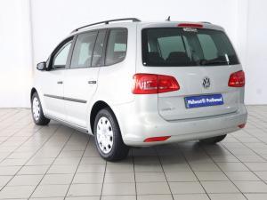 Volkswagen Touran 2.0 TDi Trendline DSG - Image 3
