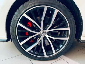 Volkswagen Polo GTi 1.8TSI DSG - Image 13
