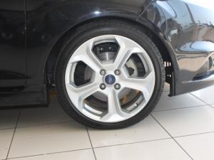 Ford Fiesta ST 1.6 Ecoboost Gdti - Image 11