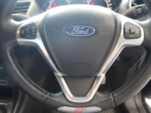 Ford Fiesta ST 1.6 Ecoboost Gdti - Image 17