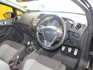 Ford Fiesta ST 1.6 Ecoboost Gdti - Image 20