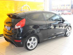 Ford Fiesta ST 1.6 Ecoboost Gdti - Image 3