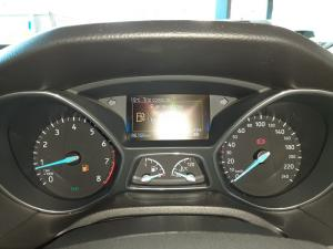 Ford Focus 1.5 Ecoboost Trend automatic - Image 14