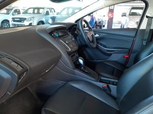 Ford Focus 1.5 Ecoboost Trend automatic - Image 7
