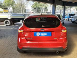 Ford Focus 1.5 Ecoboost Trend automatic - Image 9