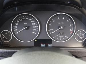 BMW 3 Series 320i auto - Image 10