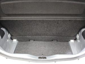 Volkswagen up! move up! 3-door 1.0 - Image 13
